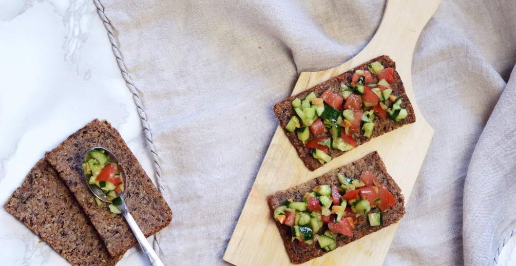 Bruschettine con pane ai semi di lino